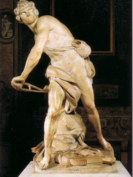 a comparison of two versions of sculptures of david by michelangelo and by bernini