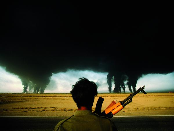 L'incendio dei pozzi petroliferi.  Abadan, Iran, 1980