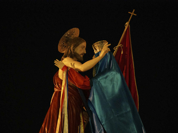 U 'ncuontru (L'incontro), performance di Adrian Paci a Modica