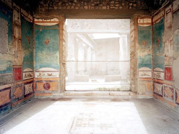 Claudio Sabatino, Casa della caccia antica, Pompei, 2000