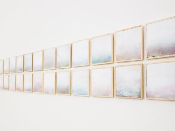 Daniele Bongiovanni, Natura con Deus, tecniche miste su tavola, 15x15 cm. ciascuno, 2016