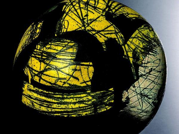 Marco Tamburro, Sagitta 2020, ceramica Raku, diametro cm. 45