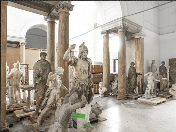 Mauro Fiorese, Treasure Rooms, Museo Archeologico Nazionale - Napoli, 2015, 90x120 cm. (con cornice 112x141 cm.), stampa ai pigmenti