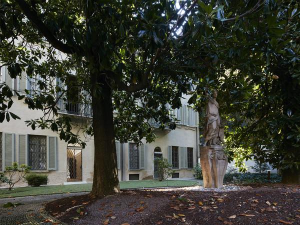 Percorsi manzoniani, Gallerie d'Italia e Casa Manzoni, Milano