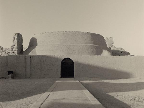 Lynn Davis, China #20, Ancient city of Gaochang, Buddhist Temple, Tupan, 2001