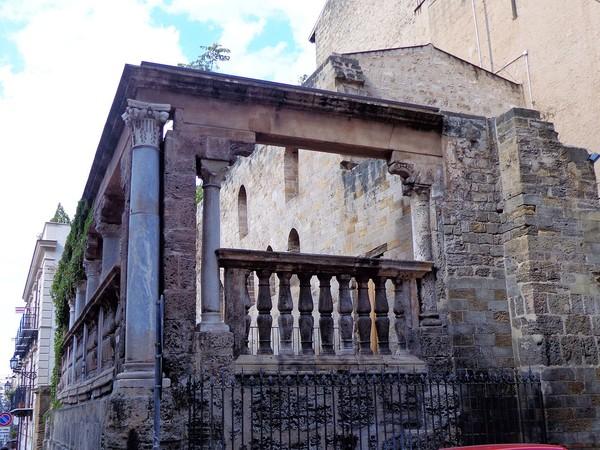 Loggia e navata, Cappella dell'Incoronata, Palermo