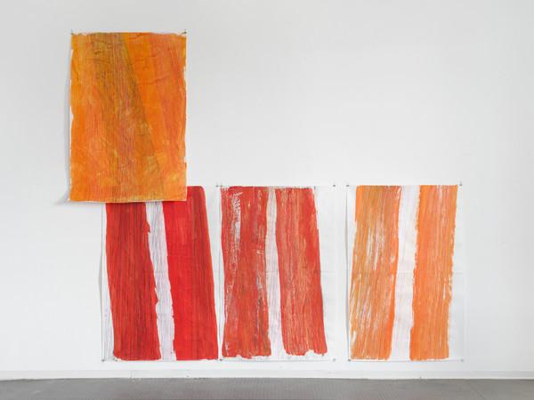 Stefano Arienti, Meridiane, 2012 - 2017. Tecnica mista su carta da pacco fogli, 150x100 cm. ciascuno