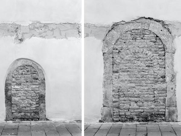 Marco Maria Zanin, <em>Chiesa di Sant'Agnese / Vecchi accessi</em>, 2019, Stampa fine art su carta cotone, Dittico, 137.5 x 110 cm ciascuno | Courtesy of Casa dei Tre Oci<br />