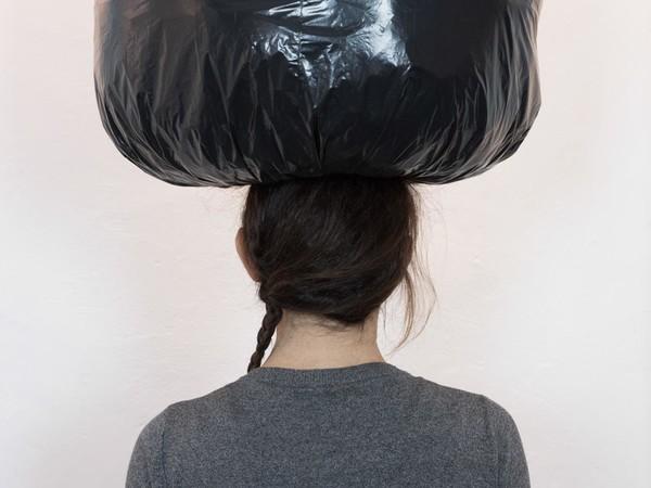 Manuela Macco. Black bag notes / 2010 - 2017