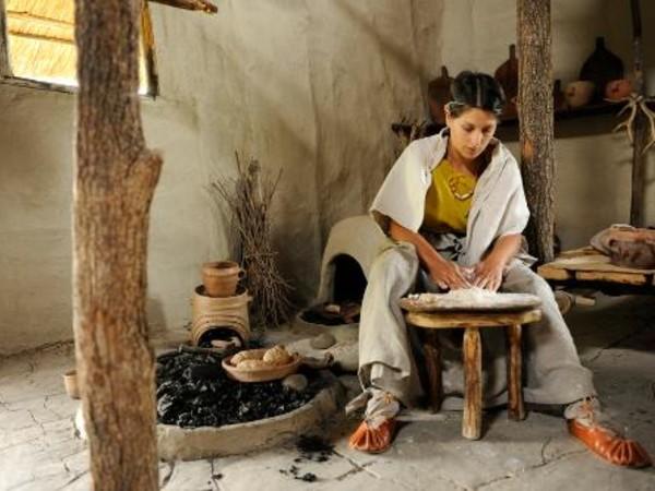 La domenica del villaggio: la cucina nella preistoria