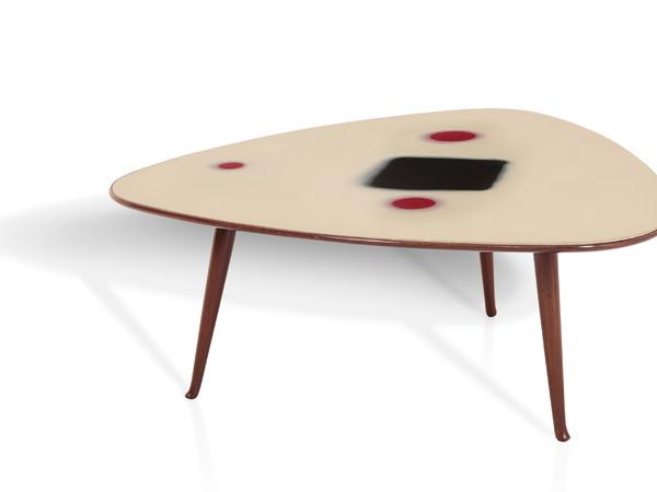 Lucio Fontana e Osvaldo Borsani, tavolino con piano in vetro e struttura in legno.Prod. Borsani