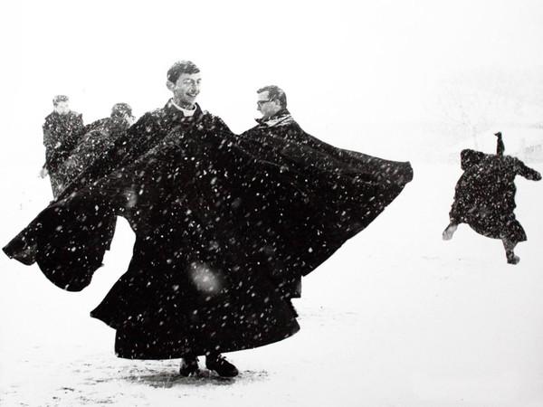Mario Giacomelli, <em>Io non ho mani che mi accarezzino il volto</em>, 398x289 mm | Courtesy of Studio Guastalla Arte Moderna e Contemporanea / The Lone T art space | Foto: Cristian Castelnuovo
