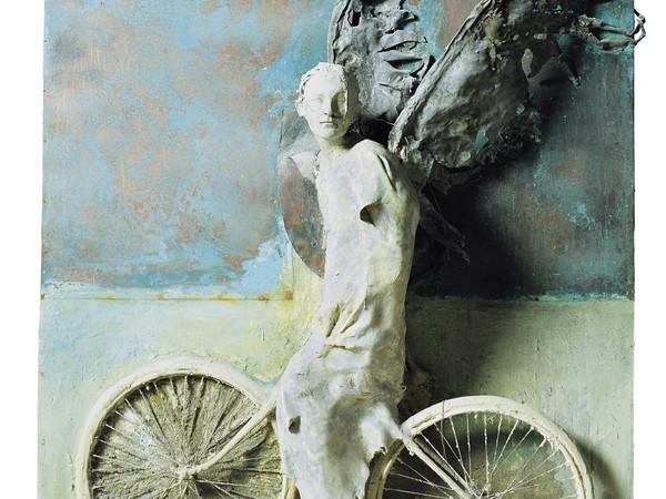 Alessandro Kokocinski, Imprimesti il segno dell'eternità, Datazione 2006. Tecnica mista vetroresina, piombo, rame su tavola, 200x 200x60 cm. Collezione Fondazione Roma
