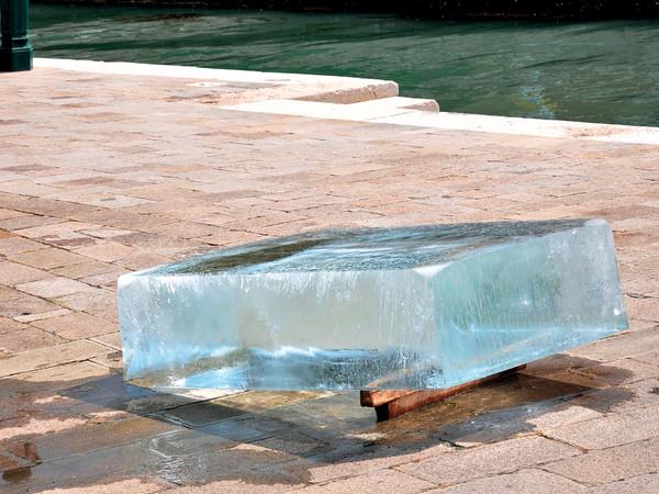 Stefano Cagol, The Ice Monolith, 2013, blocco di ghiaccio, 200x120x50 cm. Riva Ca' di Dio, Venezia. 29-31.05.2013. Maldives Pavilion, 55° Biennale di Venezia