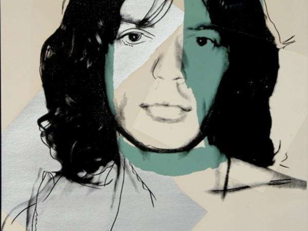 Andy Warhol, Cow,1971. Serigrafia su carta da parati Ed.100 esemplari ca. Warhol al Whitney Museum of American Art , NY1 maggio 1971