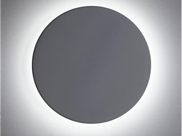 Bruno Bani, Eclissi (W) dalla serie Moon Light, 2017, acrilico e led su tela, 40x40 cm.