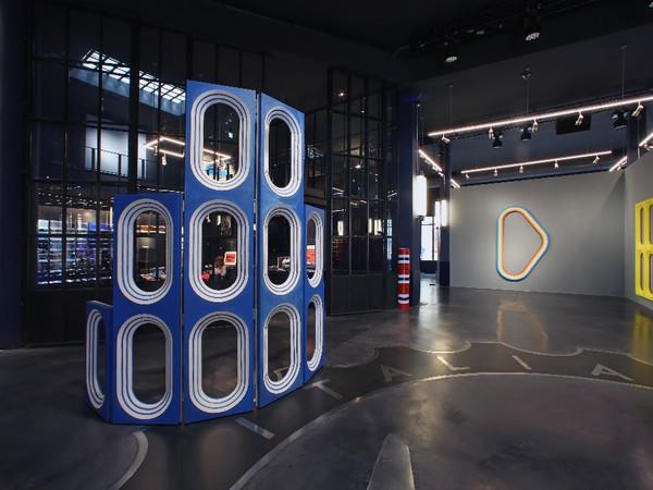 Blair Thurman, Nell'Acqua Azzurra, Garage Italia, Milano