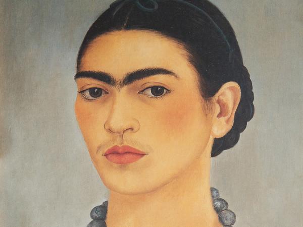 Frida Kahlo, Autoritratto con collana, 1933, Olio su lamina metallica, 29.5 x 34.5, The Jacques and Natasha Gelman Collection of 20th Century Mexican Art and The Vergel Foundation, Cuernavaca | © Banco de México Diego Rivera & Frida Kahlo Museums Trust, México D.F. | Courtesy of NAVIGARE Srl 2019