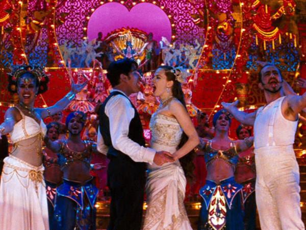 Nicole Kidman e Ewan McGregor in <em>Moulin Rouge</em> di Baz Luhrmann, 2001 - uno dei quattro appuntamenti che celebra la Parigi della Belle &Eacute;poque al MIC di MIlano<br />
