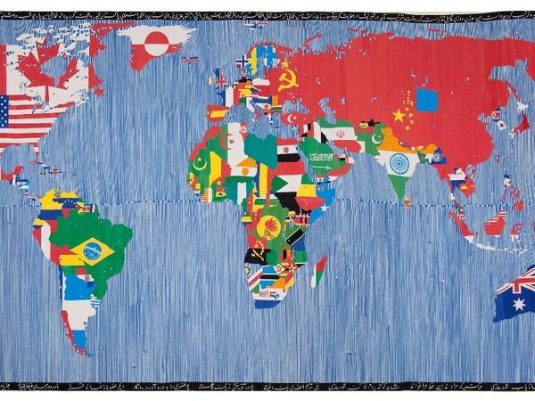 <div class=&quot;page&quot; title=&quot;Page 8&quot;> <div class=&quot;layoutArea&quot;> <div class=&quot;column&quot;><span>Alighiero Boetti,&nbsp;Mappa</span><span>, 1989.&nbsp;Ricamo su tessuto,&nbsp;265,4&times;574 cm.&nbsp;Collezione Giordano Boetti</span></div> </div> </div>