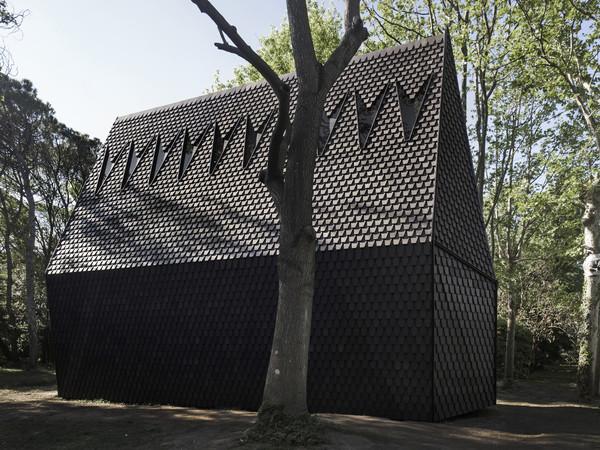 Francesco Magnani e Traudy Pelzel, architetti, con Piero Lissoni per ALPI, <em>Asplund Pavilion | </em>Foto: &copy; Alessandra Chemollo