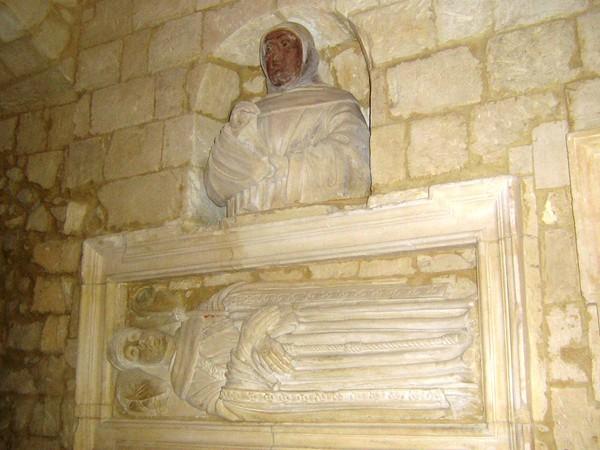 Monumento sepolcrale di Francesco Caracciolo