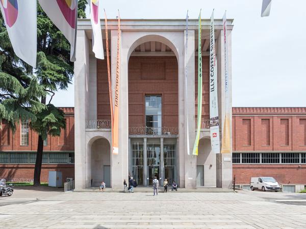 Triennale di Milano, facciata