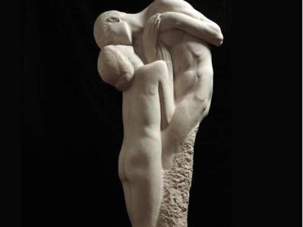 Giovanni Prini,&nbsp;<em>Amanti</em>, 1909c.,&nbsp;marmo,&nbsp;h cm. 180 (part.).&nbsp;Galleria d&rsquo;arte moderna, Roma<br />
