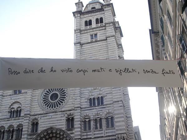Cesare Viel, Domande per il corpo, 2006-2007, striscione in pvc, cm. 100x600