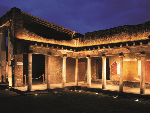 Villa di Poppea, Oplontis, notturna