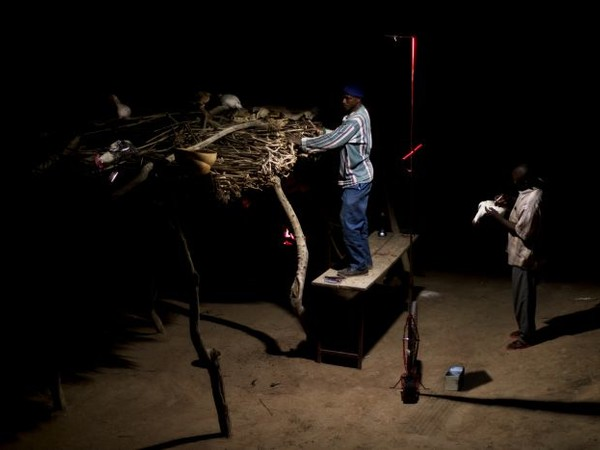 Foroba Yelen notti di luce nel Mali