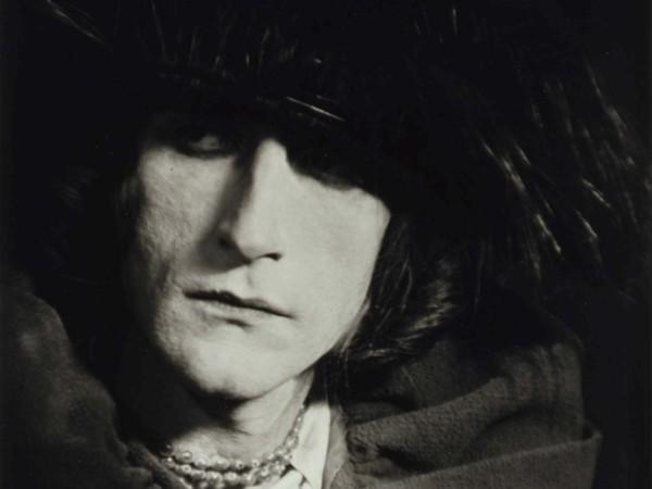 Marcel Duchamp, Déguisé en Rrose Sélavy, 1921. Photograph new print, 1980