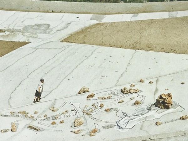 Maria Lai, Working on La scarpata, 1993