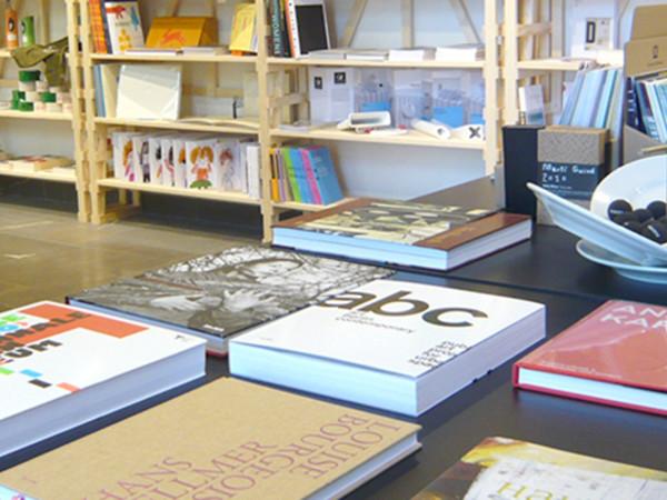 CorrainiMAMbo artbookshop,  MAMbo - Museo di Arte Moderna di Bologna