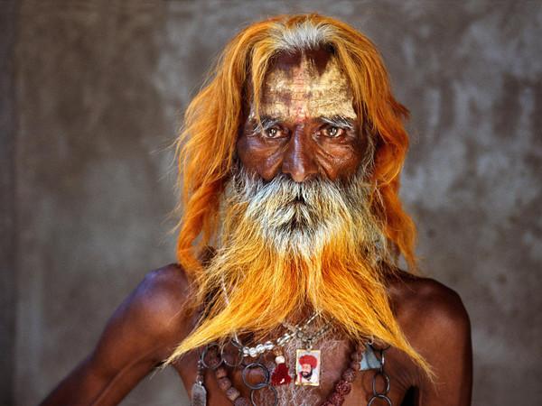 Steve McCurry, Un uomo anziano della tribù Rabari, Rajasthan, India, 2010