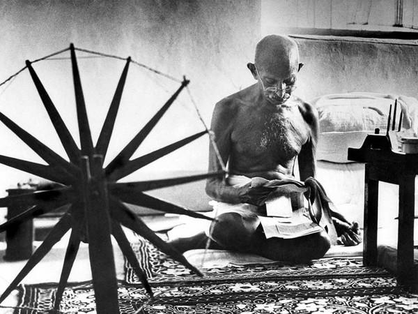 Margaret Bourke-White, Gandhi, Pune, 1946.