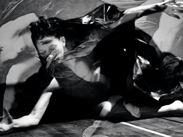 Valeria Apicella, Il segreto dell'ombra, performance