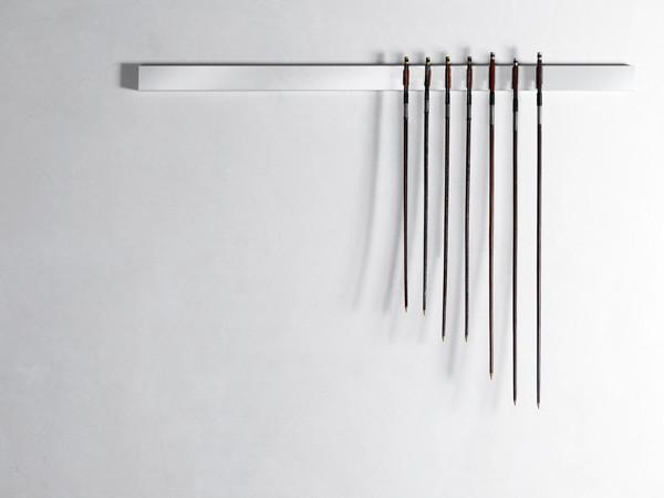 Jacopo Mazzonelli, Arcata, 2011, archetti, alluminio. Caldic Collection, Rotterdam