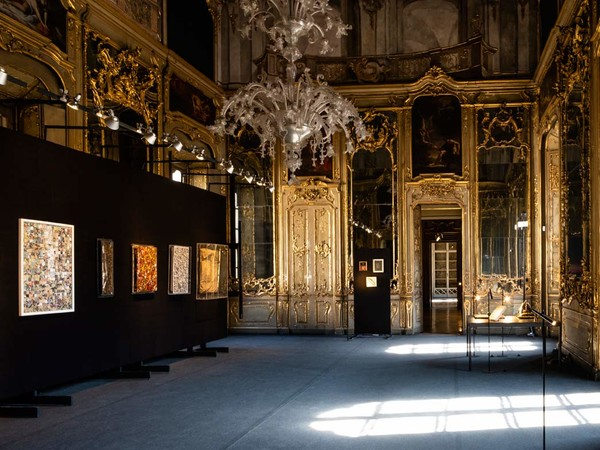 """Una sala di Palazzo Litta a Milano dove è in corso la mostra """"Arte Liberata"""". Foto di Roberto Morelli"""