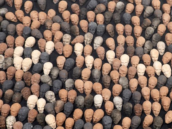 Mbarek Bouhchichi, Terre, Installation, Terracotta, 2019. Savvy Contemporary