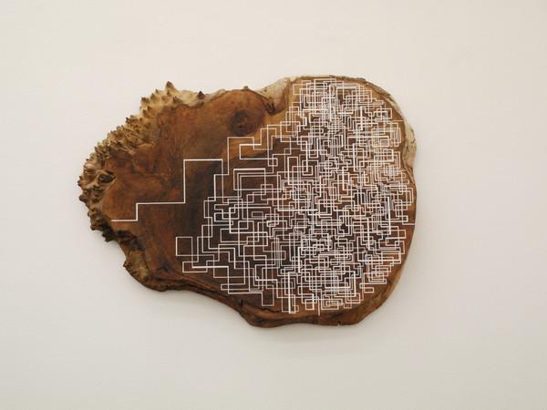 Jason Middlebrook, Four lines, 2015. Acrilico su legno, 63,5 x 90 x 5 cm