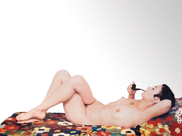 Michelangelo Pistoletto, Venere con la pipa (1973), serigrafia su acciaio inox