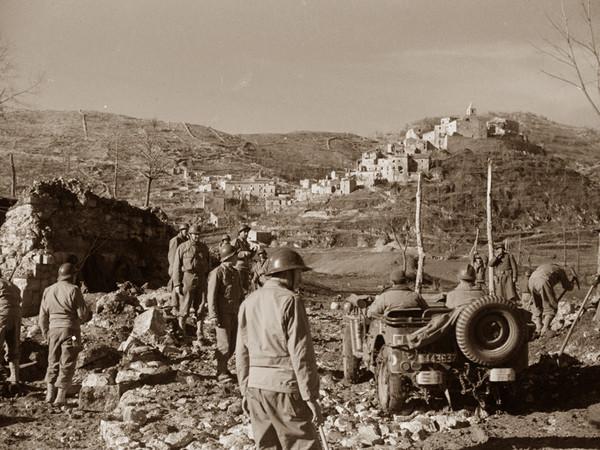Alleati, Mezzi militari nella piana, Acquafondata, 1944