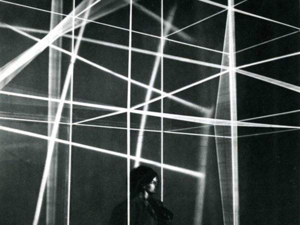 Gianni-Colombo, spazio elastico Graz, 1967