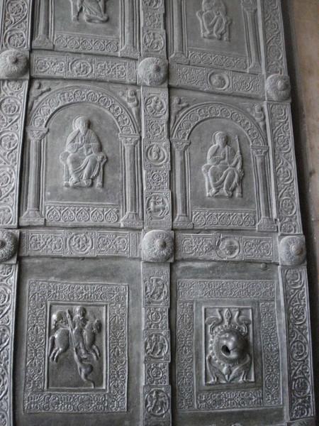 Porte bronzee scheda opera palermo - Di trani porte ...