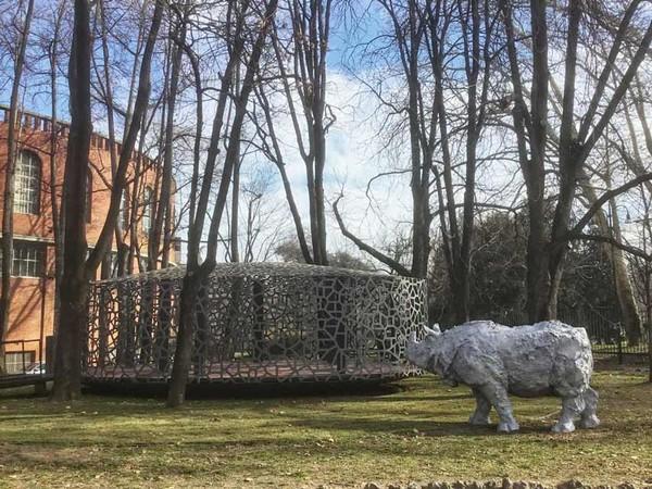 Davide Rivalta, Rinoceronte in alluminio