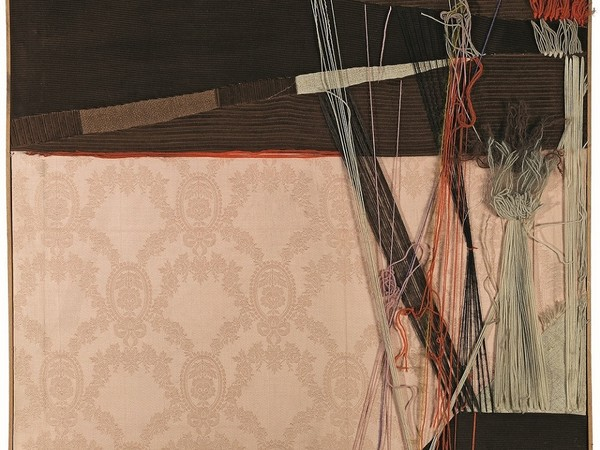 Maria Lai, Tela cucita, 1976, collage di stoffe e lana. Lanusei (Nuoro), Archivio Maria Lai