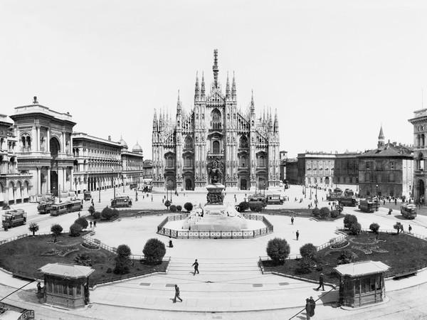Giovanni Negri, Una veduta dall'alto di piazza del Duomo