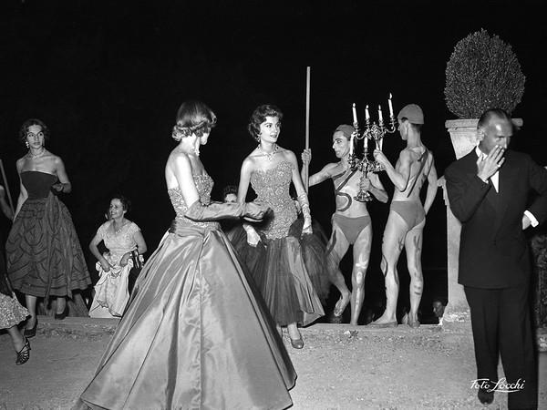 Luglio 1953, <em>Ballo in Boboli</em> | &copy; Archivio Foto Locchi