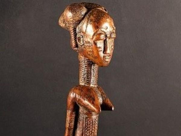 Figura di maternità reale, Baoulé Daukro, Costa d'Avorio
